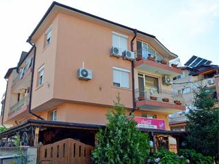"""Хотел Лагуна, ул. """"Септемврийска"""" 13, кв. Сарафово, Бургас"""