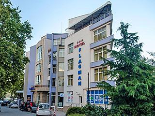 "Хотел Флагман, ул. ""Одеса"" 1а, Созопол"