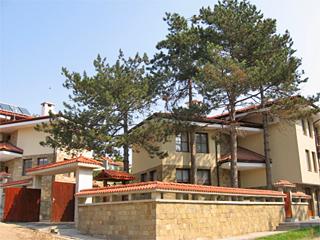 Къщи за гости Четирите бора, Нисово