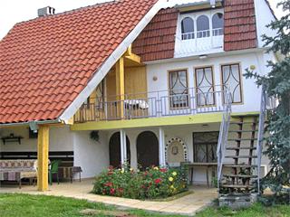 Вила Мона, кв. Галата, Боровец, Варна