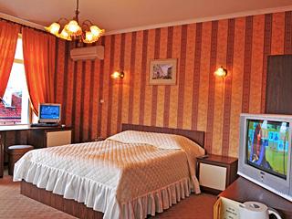 """Хотел Търнава, ул. """"Иван Вазов"""" 6, Велико Търново"""