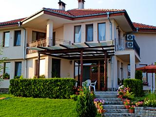 "Къща за гости У Дома, ул. ""Борова гора"" 21, Сопот"