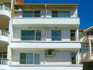 """Къща за гости Виктория, ул. """"Вихрен"""" 27, Созопол"""