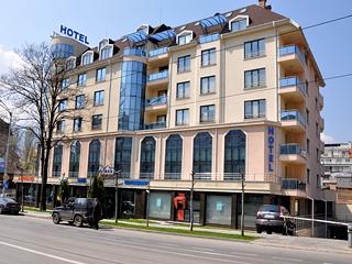 "Хотел Легенди, бул. ""Черни връх"" 54-56, София"