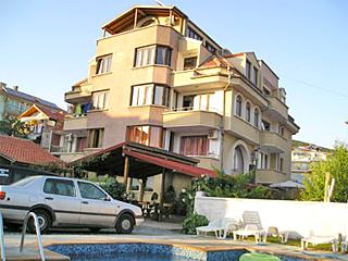 """Къща за гости Олимпия, ул. """"Одеса"""" 10, Свети Влас"""