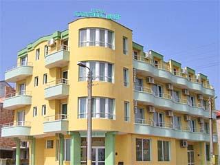 "Хотел Лазурен Бряг, ул. ""Рибарска"" 1, кв. Сарафово, Бургас"