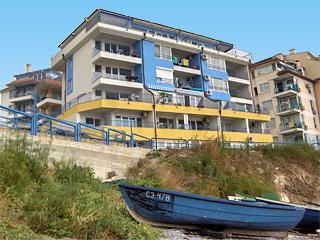 """Апартамент на брега S&J, ул. """"Одеса"""" 22а, ет. 2, ап. 10, Созопол"""